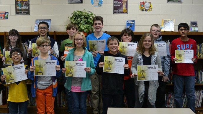 picture of the participants of the Spelling Bee